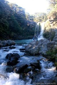 Tongariro Pool2 200x300 Новая Зеландия, часть 2: заповедник Тонгариро (Мордор, Ородруин, Эмин Муил)