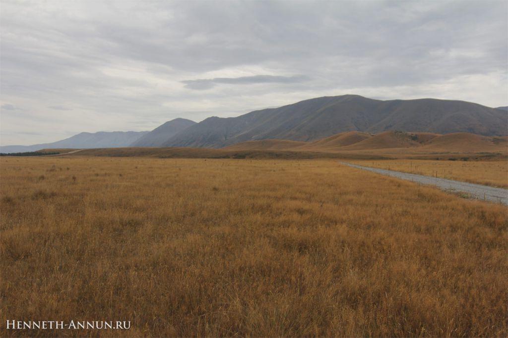 Twizel Pelennor Road 1024x683 Новая Зеландия, часть 5: Твайзел (Пеленнорские поля)